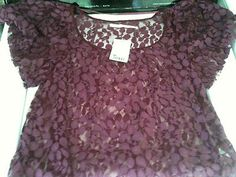 Maroon, lacy bubble shoulder Urban Outfitter womens top-Medium