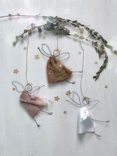 Ballerine By Fili di Poesia – BuzzTMZ - Ornamental Christmas Angels, Christmas Presents, Christmas Time, Xmas, Christmas Ornaments, Diy Crafts Videos, Diy Crafts To Sell, Crafts For Kids, Scandinavian Christmas Decorations