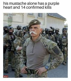 Get your laugh on to these hilarious funny pictures! Military Jokes, Army Humor, Army Memes, Memes Humor, Funny Memes, Funny Gaming Memes, Stupid Funny, The Funny, Hilarious