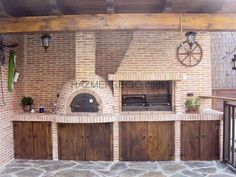 hornos de barro y parrilleros aka mud oven and Argentine grill Backyard Kitchen, Summer Kitchen, Outdoor Kitchen Design, Backyard Bbq, Pizza Oven Outdoor, Outdoor Cooking, Outdoor Fire, Outdoor Living, Design Barbecue