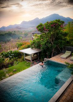 Modern designed retreat in North West Bali, with views all around you. Luxury Swimming Pools, Dream Pools, Swimming Pools Backyard, Swimming Pool Designs, Pool Landscaping, Infinity Pool Backyard, Backyard Pool Designs, Infinity Pools, Villa Pool