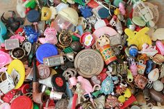 vintage charms and toys | cracker jacks   gum machine toys               Cracker jacks toys are too expensive