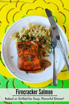 This Firecracker Salmon recipe is a flavorful dish that can be baked or grilled for an easy weeknight dinner. It also makes an easy camping dish too! Vegetarian Recipes Dinner, Veggie Recipes, Easy Dinner Recipes, Healthy Recipes, Healthy Options, Drink Recipes, Yummy Recipes, Firecracker Salmon, Salmon