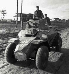 (C) Mourning the Ancient Ww2 Pictures, Ww2 Photos, Army Vehicles, Armored Vehicles, Armored Car, Ww2 Panzer, Women In History, British History, Ancient History