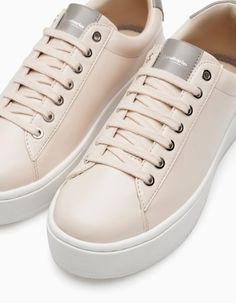 Platform sneakers - All Sneakers Mode, Shoes Sneakers, Cute Shoes, Me Too Shoes, Fashion Boots, Sneakers Fashion, Shoe Boots, Shoes Sandals, Fresh Shoes