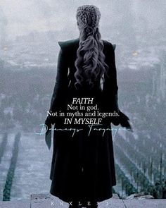 Daenerys Targaryen - Game of Thrones. Game Of Throne Daenerys, Got Game Of Thrones, Khaleesi, Daenerys Targaryen Art, My Sun And Stars, Iron Throne, Magic Words, Mother Of Dragons, Valar Morghulis