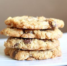 Lemon Drop: Oatmeal Crispies with Chocolate Chips