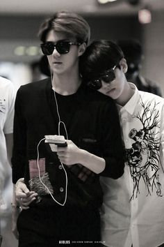 Sehun and Baekhyun. how. is.sehuna.so.fucking.pretty.and.hot.i.cant.breathe.what.is.going.to asajondcfosjf<