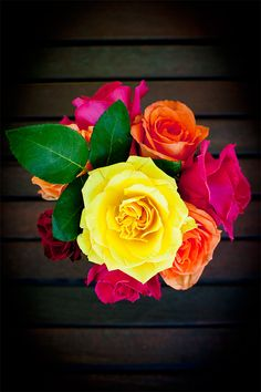 this picture inspires me to: live my life full of color and keep fresh flowers around :)