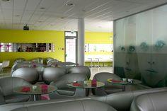 Bremen  Tanja von  http://wellness-bummler.de/prizeotel-designhotel-bremen/  Lobby mit Design