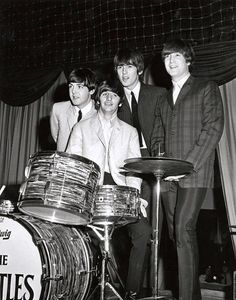 Paul McCartney, Richard Starkey, George Harrison, and John Lennon (in Toronto 1964)