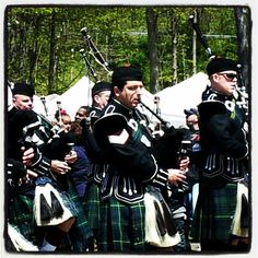 More pipers... Daff fest