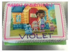 Rice paper picture on half sheet cake.
