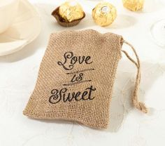 Burlap Favor Bags comliment a rustic wedding theme very nicely. Find other favor bags and a variety of burlap and rustic wedding accessories. Burlap Favor Bags, Hessian Bags, Rustic Wedding Favors, Wedding Favor Bags, Wedding Ideas, Wedding Images, Wedding Details, Wedding Inspiration, Cheap Favors