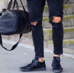 Street Style | Bullboxer shoes from @wowa_valentino