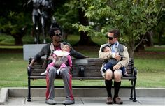 What to Expect When You Are Expecting Photo with Chris Rock and Thomas Lennon - The two new dads hold court on a park bench in this upcoming pregnancy comedy from director Kirk Jones. Papa Au Foyer, Gq, Thomas Lennon, Expecting Photos, Genesis Rodriguez, Stay At Home Dad, Brooklyn Decker, Chris Rock, Flexible Working