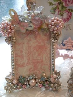 Pink & Blue Jeweled Frame | This one I created to be very wh… | Flickr