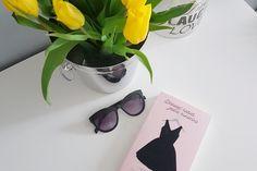"""Uwielbiasz lekkie, przyjemne w odbiorze fabuły z modą w tle? W takim razie z pewnością do gustu przypadnie ci ta książka! """"9 kobiet, jedna sukienka"""" to przepiękna, romantyczna opowieść idealna na popołudnie po pracy.  #książkamodowa #książki #9kobiet1sukienka #moda"""