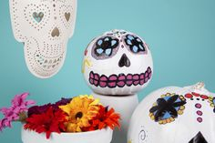 We love this day of the dead Halloween theme!