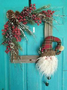 Diy Picture Frame Christmas Wreath Ideas That Totally Fits Your ; diy bilderrahmen-weihnachtskranz-ideen, die total zu ihnen passen Diy Picture Frame Christmas Wreath Ideas That Totally Fits Your ; Diy Christmas Decorations For Home, Christmas Wreaths To Make, Christmas On A Budget, Noel Christmas, Xmas Crafts, Rustic Christmas, Christmas Projects, Christmas Ornaments, Christmas Tables