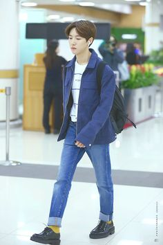 smut stories very very sexual do not read when you are below nct sex stories, if you get turned on, not my fault ? Yellow Socks, Sm Rookies, Wattpad, Huang Renjun, Airport Style, Airport Fashion, Kpop Fashion, Street Fashion, Na Jaemin