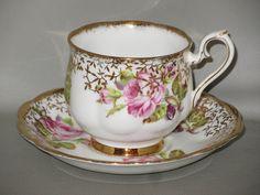ROYAL ALBERT - Pink Rose & Buds Gold Vine Design - CUP & SAUCER SET - CH
