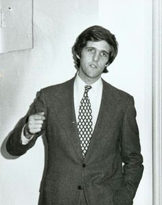 John Kerry Suit Jacket, Breast, Suits, People, Jackets, Fashion, Down Jackets, Moda, Fashion Styles