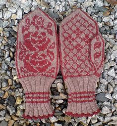 Ravelry: Three Roses Mittens pattern by Eva Skulbru Eriksen Three Roses, Mittens Pattern, Ravelry, Pattern Design, Third, Gloves, Knitting, Patterns, Search