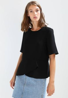 """Selected Femme. SFNEWA  - Blouse - black. Fit:regular. Outer fabric material:100% polyester. Our model's height:Our model is 70.5 """" tall and is wearing size 8. Pattern:plain. Care instructions:do not tumble dry,machine wash at 30°C,Machine..."""