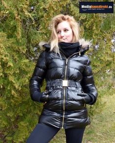 Mediahausdirekt | JOLINA DAMEN DAUNENJACKE WINTERJACKE MIT FELL & KAPUZE in | Ich gönn mir was, einkaufen bei Mediahausdirekt Hungen
