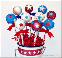 4th of July Cake Pops Used Paper Straws for the 'Sticks'!