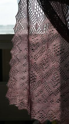 O Stole Mio - beautiful lace stole, free pattern thanks to Natalia Vasilieva