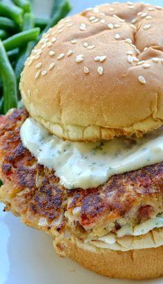 Lemon Garlic Tuna Burgers, use seasoning & oatflour instead of crumbs and no sour cream Fish Dishes, Seafood Dishes, Fish And Seafood, Fish Recipes, Seafood Recipes, Cooking Recipes, Healthy Recipes, Canned Tuna Recipes, Hamburger Recipes
