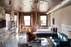 Housed in a historic building in Philly's Fishtown neighborhood, Mulherin's Hotel is a unique accommodation. The hotel's four rooms seamlessly blend the old with the new, with an eclectic mix of custom-made furniture, modern fixtures and appliances, original brick walls,...