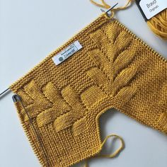 For cardigan and vest models, swipe the screen to the left& . Baby Boy Knitting Patterns, Baby Dress Patterns, Knitting For Kids, Baby Knitting Patterns, Knitting Stitches, Knitting Designs, Hand Knitting, Baby Pullover, Baby Cardigan