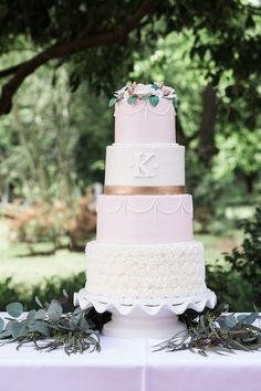 6 Wedding Cake Trends in 2020 Wedding Thanks, Wedding Dj, Wedding Story, Fall Wedding, Ribbon Wedding, Wedding Ideas, Pink White, White Gold, Fresh Flower Cake