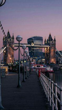 The Tower Bridge, London.- The Tower Bridge, London. - The Tower Bridge, London.- The Tower Bridge, London. City Of London, City Aesthetic, Travel Aesthetic, London Photography, Travel Photography, Beste Reisezeit Thailand, London Fotografie, London Dreams, Tower Bridge London