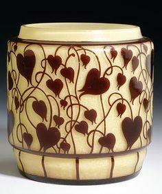 Hans Bolek (österreichisch, 1890 - 1978)     Dose , um 1915 Bohemia Glass, Dose, Czech Glass, Artist At Work, Art Nouveau, Glass Art, Objects, Pottery, Silver