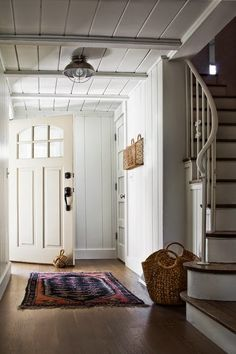 Entrance/foyer design photos, ideas and inspiration. Amazing gallery of interior design and decorating ideas of entrances/foyers by elite interior designers - Page 20 Lakeside Cottage, Coastal Cottage, Luxury Interior Design, Interior And Exterior, Coastal Interior, Interior Ideas, Interior Doors, Entrance Foyer, Door Entry