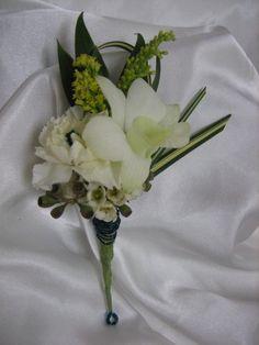 Orchids & mini carnation