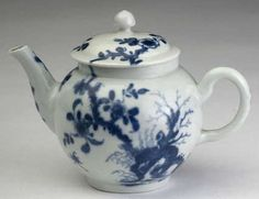 A Worcester porcelain Prunus Root pattern miniature blue and white teapot and cover, circa 1758, globular form with loop handle