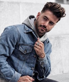 men's outfits with uggs Modern Pompadour, Daily Fashion, Mens Fashion, Haircuts For Men, Men's Haircuts, Men's Hairstyles, Denim Jacket Men, Country Fashion, Cold Weather Fashion