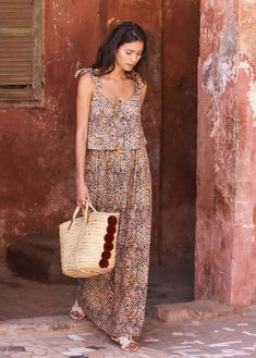 hippie outfits 695172892461287187 - Photo_article_robe_de_style_boheme_diy_handmade_cousu_main_monblabladefille Source by Couture Mode, Baby Couture, Couture Sewing, Couture Fashion, Boho Chic, Bohemian Mode, Bohemian Style, Maxi Dress Summer, Dress Long