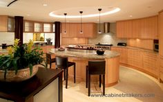 Cabinet Design: Paul Reidt and Doreve Nicholaeff / Architect: Nicholaeff Architecture + Design / Builder: Paragon General Contracting / Photography: J. Brousseau