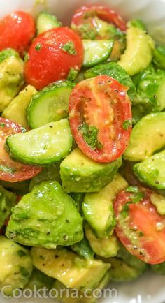 This Cucumber Tomato Avocado Salad is an easy, scrumptious summer salad. It's crunchy, fresh, and made with everyday ingredients. It's a family favorite. Keto Avocado, Avocado Salad Recipes, Avocado Salat, Cucumber Salad, Milk Recipes, Veggie Recipes, Healthy Recipes, Candied Carrots, Tomato Salad