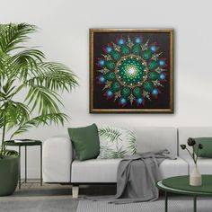 Tablou Mandala pictat manual punct cu punct. Mandala, Tapestry, Green, Home Decor, Hanging Tapestry, Tapestries, Decoration Home, Room Decor, Home Interior Design
