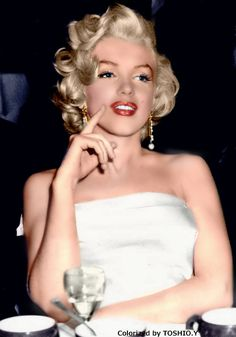 Forever Beautiful • Marilyn Monroe