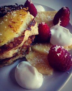 Healthy Food By Phyllis : Ontbijt - Bananenpannenkoeken - ananas - kokos