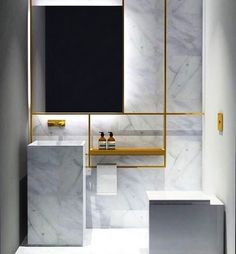 Upgrade Your House With Modern & Minimalist Bathroom Design Ideas That Will Impress Your Guest Minimalist Baths, Minimalist Bathroom Design, Minimalist Decor, Modern Minimalist, Minimalist Furniture, Bad Inspiration, Bathroom Inspiration, Bathroom Ideas, Ikea Bathroom