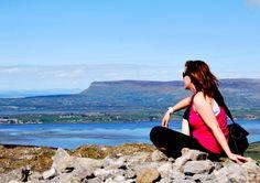 Climbing Knocknarea, Queen Maeve's Trail and enjoying the magnificent views of Benbulben, Sligo Bay and the Wild Atlantic Way Wild Atlantic Way, Great Britain, Knock Knock, Climbing, Wander, Scotland, Ireland, Trail, Queen